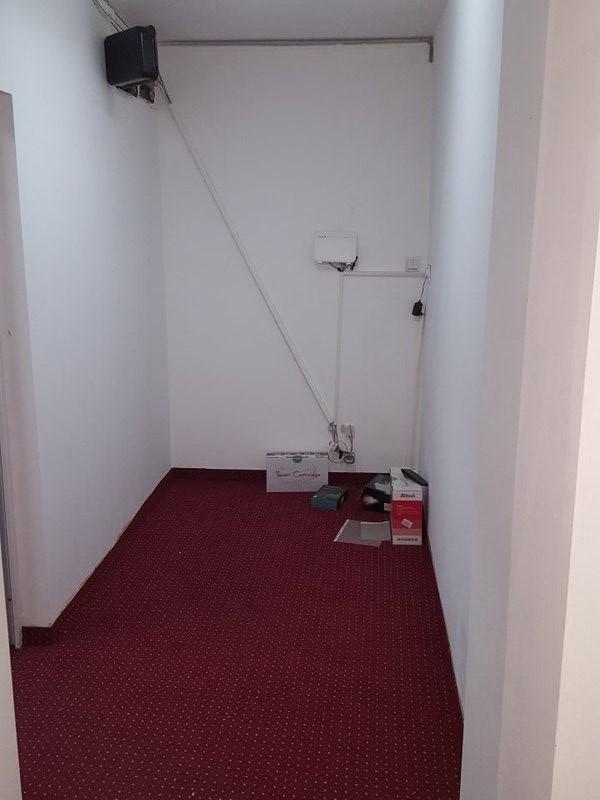 Imagine 2 Apartament 3 camere - spatiu comercial