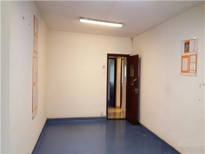 Imagine 1 Apartament 3 camere, 1 min metrou Dristor