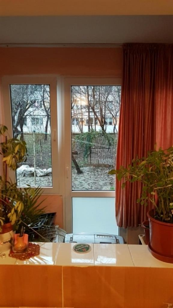 Imagine 1 Apartament 3 camere  Titan