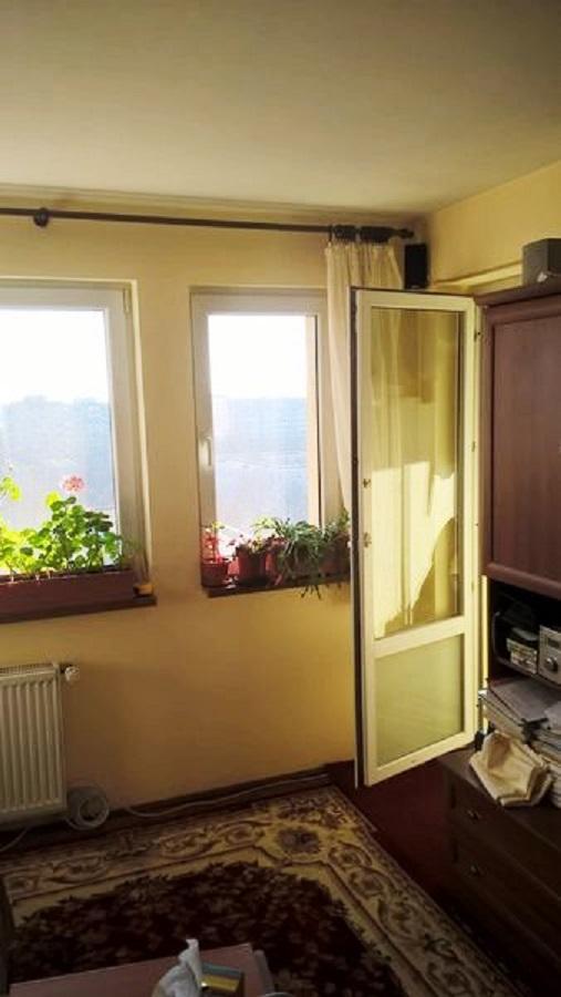 Imagine 1 Apartament 2 camere metrou Titan