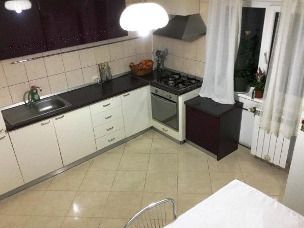 Imagine 4 Apartament 4 camere Nerva Traian