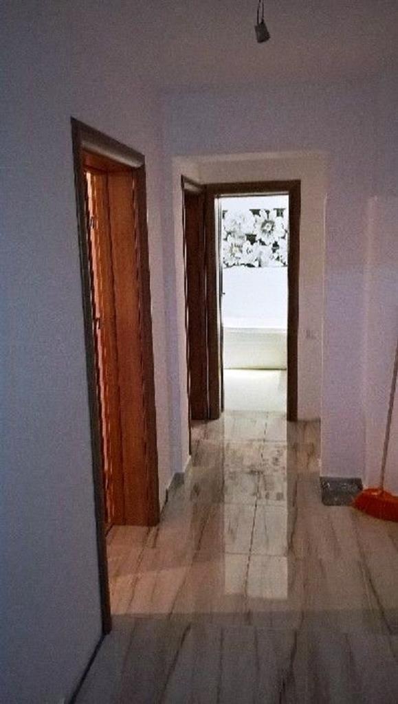 Imagine 6 Apartament 3 camere Bdul Decebal