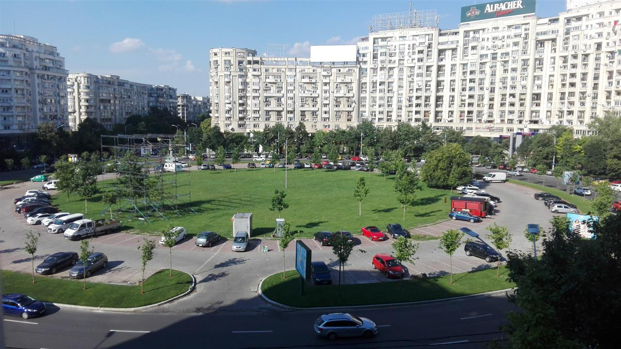 Apartament  3 camere Rond Piata Alba Iulia