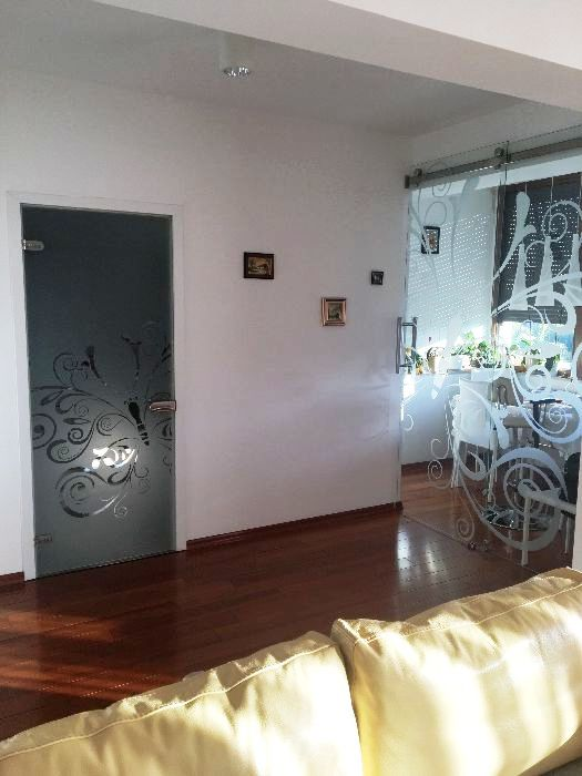 Imagine 3 Apartament  2 camere 85 mp, Titan