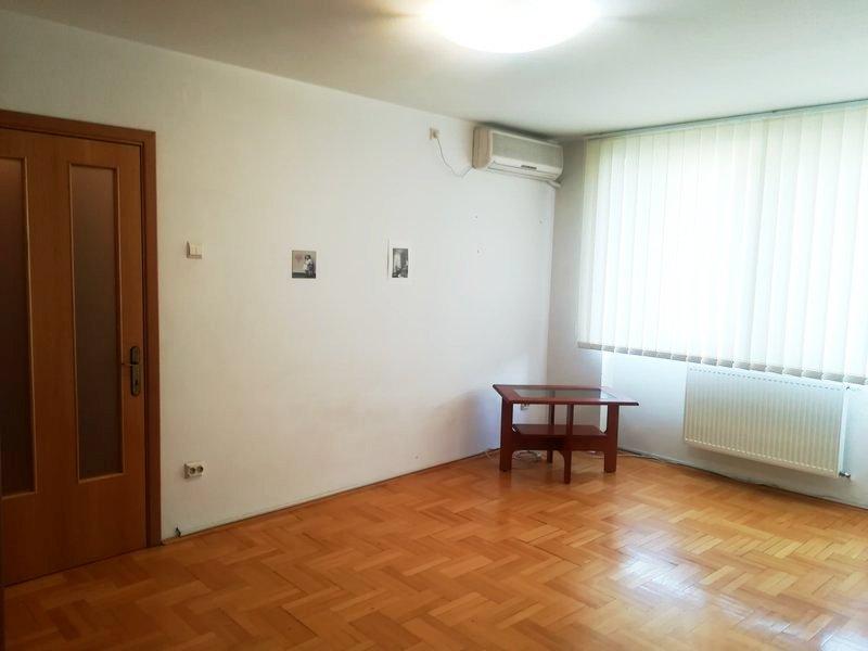 Imagine 1 Apartament 2 camere Vatra Luminoasa