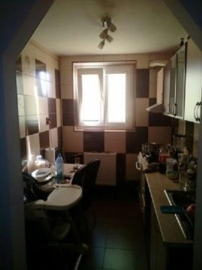 Imagine 3 Apartament 2 camere Dristor