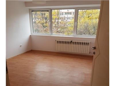 Apartament 3 camere Titan, Constantin Brancusi