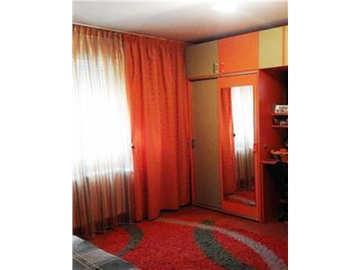 Apartament 3 camere decomandat, metrou Nicolae Grigorescu