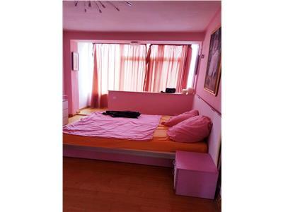 Apartament 3 camere Vatra Luminoasa