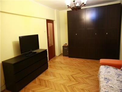 Apartament 2 camere Vacaresti
