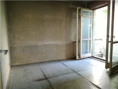 Apartament 3 camere Titan-Piata Minis