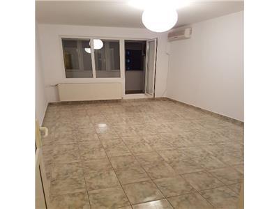 Apartament 3 camere Rond Baba Novac