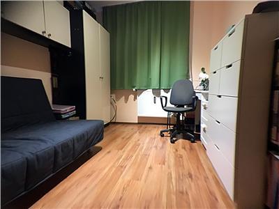 Apartament 3 camere Dristor-Piata Ramnicul Sarat