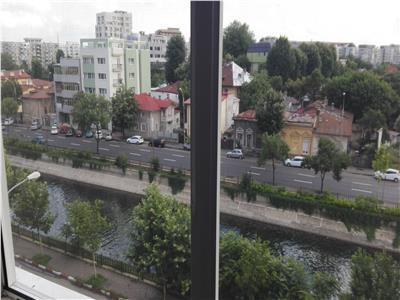 Apartament 3 camere Splaiul Unirii,  Mircea Voda
