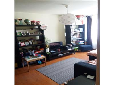 Apartament 2 camere Dristor, Piata Ramnicul Sarat