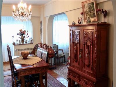 Apartament 5 camere Chisinau