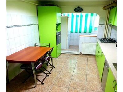 Apartament 4 camere Metrou Dristor