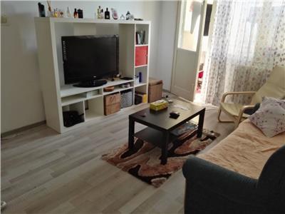 Apartament 2 camere Titan, Scoala Hamburg nr 195
