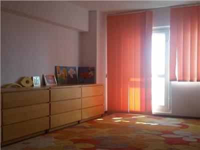 Apartament 2 camere Dristor, Rond Rm Sarat