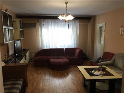 Apartament 3 camere Calea Calarasilor, Piata Muncii