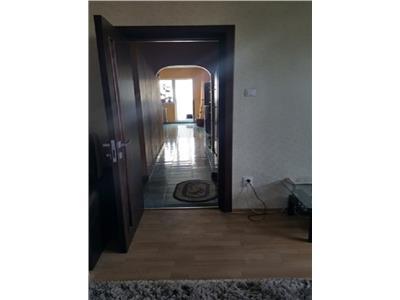 Apartament 4 camere Bdul Chisinau