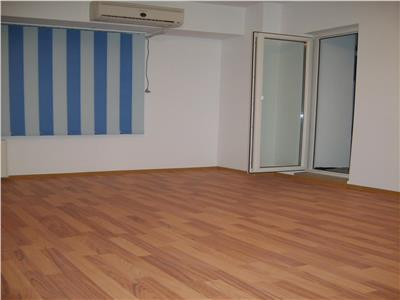 Apartament 3 camere Nerva Traian
