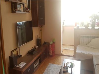 Apartament 2 camere Titan, Piata Minis