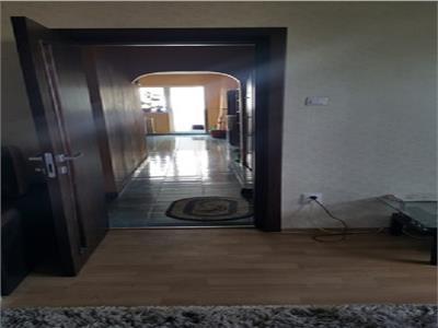 Apartament 4 camere Bdul Chisinau,