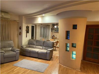 Apartament 4 camere Calea Calarasilor, Piata Muncii