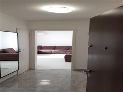 Apartament 3 camere Titan, Policlinica Titan
