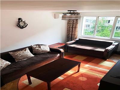 Apartament 3 camere Titan, Piata Minis