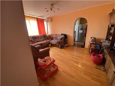 Apartament 3 camere Titan, 1 Decembrie 1918, Piata Minis