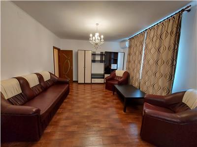 Vanzare apartament 3 camere Aparatorii Patriei