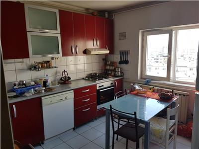 Apartament 3 camere vis-a-vis de  Vitan Mall